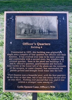 Officer's Quarters, Building 4 Marker image. Click for full size.