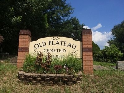 Old Plateau Cemetery sign image. Click for full size.