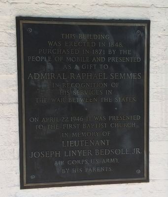 Plaque describing house history. image. Click for full size.
