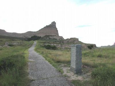 Oregon Trail Marker at Mitchell Pass image. Click for full size.