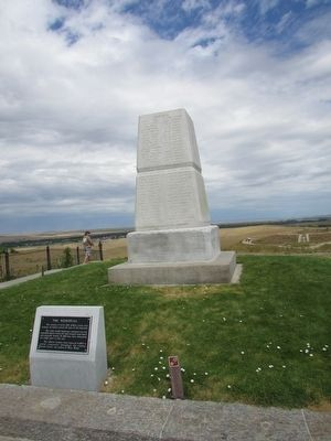 Little Bighorn Monument image. Click for full size.