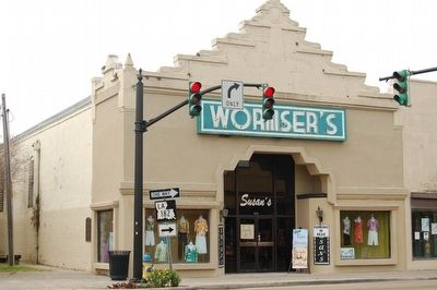 Worsmer's Store (Marker is attached to building) image. Click for full size.