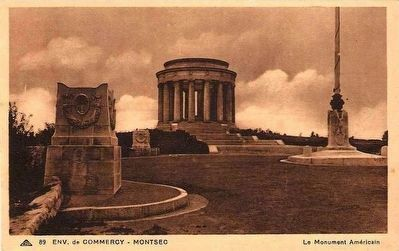 <i>Env. de Commercy - Montsec     &nbsp; Monument Americain</i> image. Click for full size.