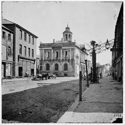 Old Exchange and Custom House 1865 image. Click for full size.