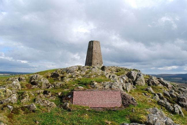 Battle of Loudoun Hill Marker atop Loudoun Hill image. Click for full size.