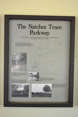 The Natchez Trace Parkway Marker image. Click for full size.