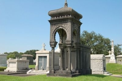 Metairie Cemetery image. Click for full size.