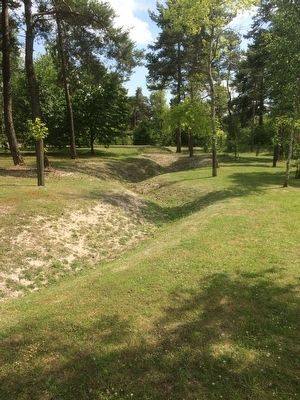 German Trenches below Monument image. Click for full size.