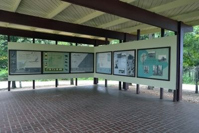 The Great Eastern Hardwood Forest Exhibit Markers image. Click for full size.