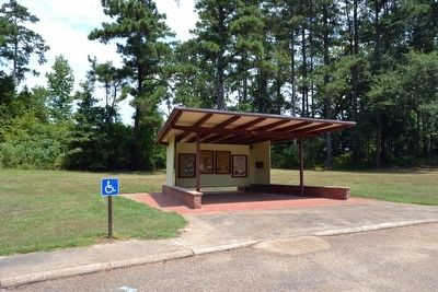 The Natchez Trace Parkway Exhibit Kiosk image. Click for full size.