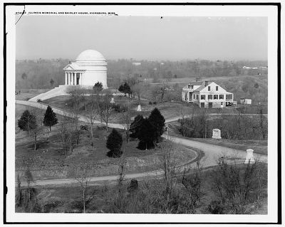 Illinois [State] Memorial and Shirley House, Vicksburg, Miss. (1910) image. Click for full size.