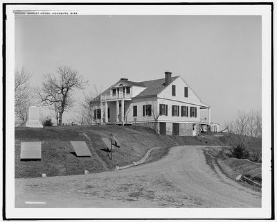 Shirley House, Vicksburg, Miss. (1910) image. Click for full size.