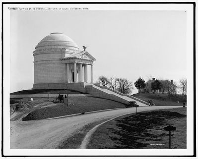 Illinois State Memorial and Shirley House, Vicksburg, Miss. (1910) image. Click for full size.