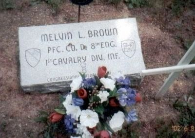 Melvin L. Brown Foot Stone Grave Marker image. Click for full size.