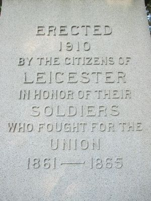Leicester Civil War Memorial image. Click for full size.