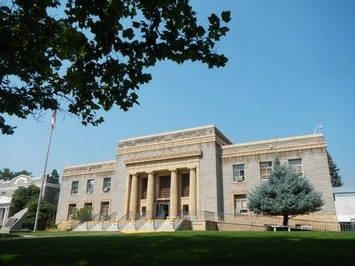 Lassen County Courthouse image. Click for full size.