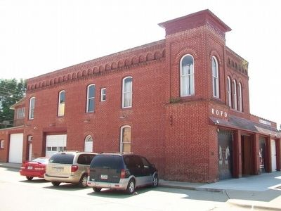 Former Red Oak Firehouse image. Click for full size.