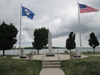 Tonawanda All Heroes Memorial image. Click for full size.