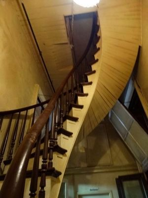 Beautiful spiral staircase image. Click for full size.