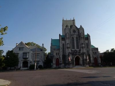 St. Mary's Cathedral Chapel and Diocesan House image. Click for full size.