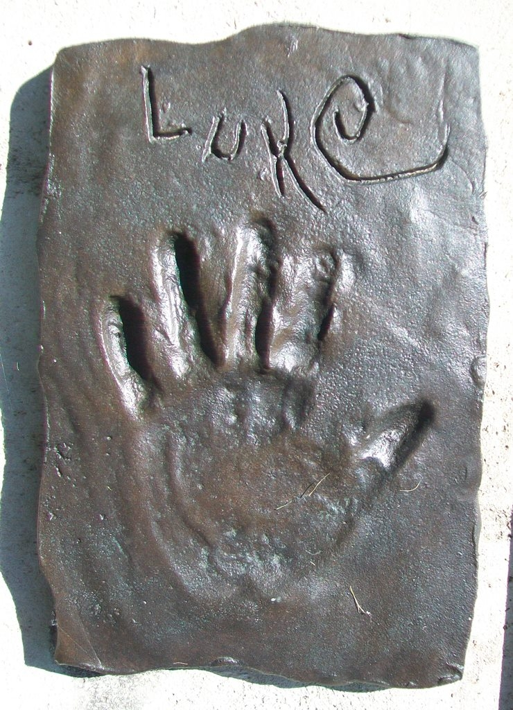 "Gift of Life Fountain ""Luke"" Handprint"