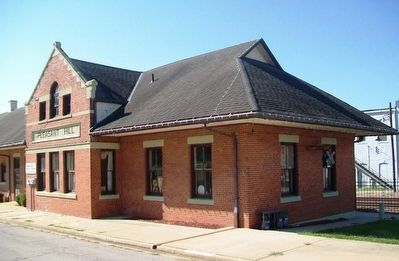 Missouri Pacific Railroad Depot image. Click for full size.