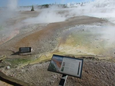 Marker at the Norris Geyser Basin image. Click for full size.