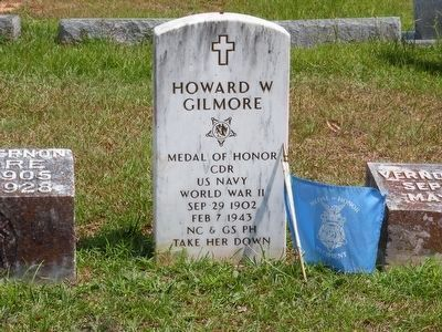 "Howard W Gilmore-front of ""IN MEMORY OF"" grave marker image. Click for full size."