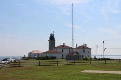 Beavertail Lighthouse as it Appears in 2015 image. Click for full size.