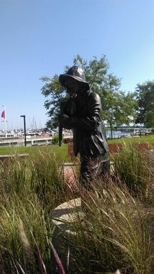 Fisherman Statue image. Click for full size.