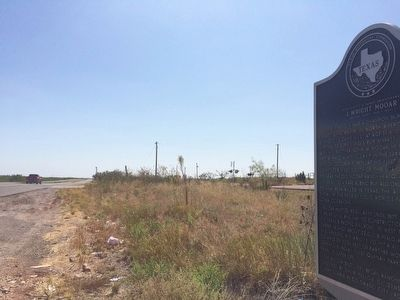 The view east on U.S. 84 towards Snyder, Texas. image. Click for full size.