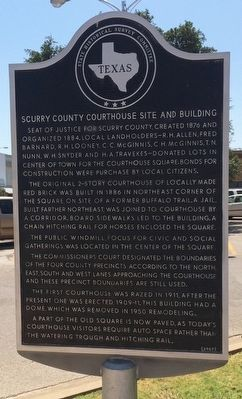 Scurry County Courthouse Site and Building Marker image. Click for full size.