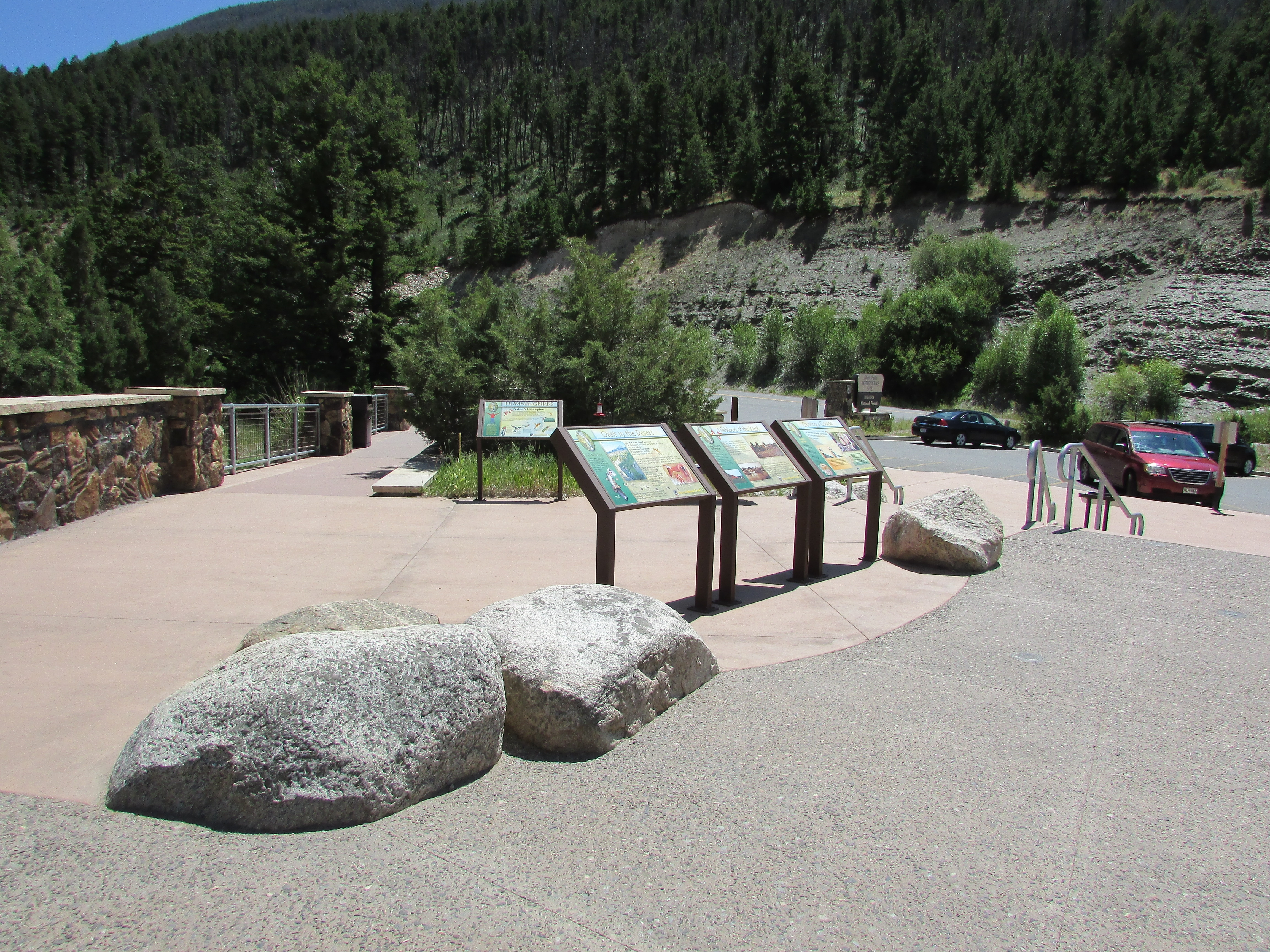 Markers at the Shell Falls Interpretive Site
