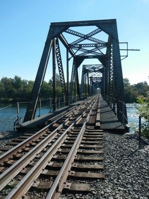 The current Tehama Railroad Bridge image. Click for full size.