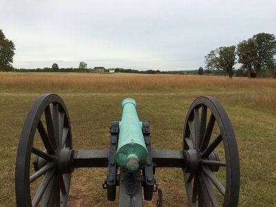 View of the Henry House from the Confederate line on Henry Hill. image. Click for full size.