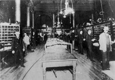 Workers in the 1889 Post Office image. Click for full size.