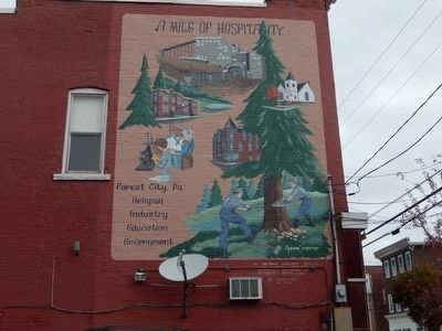 Mural on building facing Center Street at the intersection of Main Street image. Click for full size.