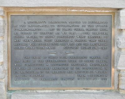 Plaque to the right of the Borglum bust image. Click for full size.