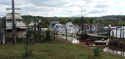 The Seafarers Yacht Club marina - off the Anacostia River image. Click for full size.