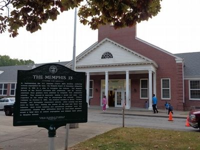 Springdale Elementary School with marker and current students image. Click for full size.