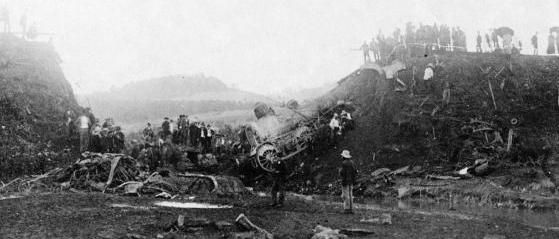 1889 Thaxton Train Wreck image. Click for full size.