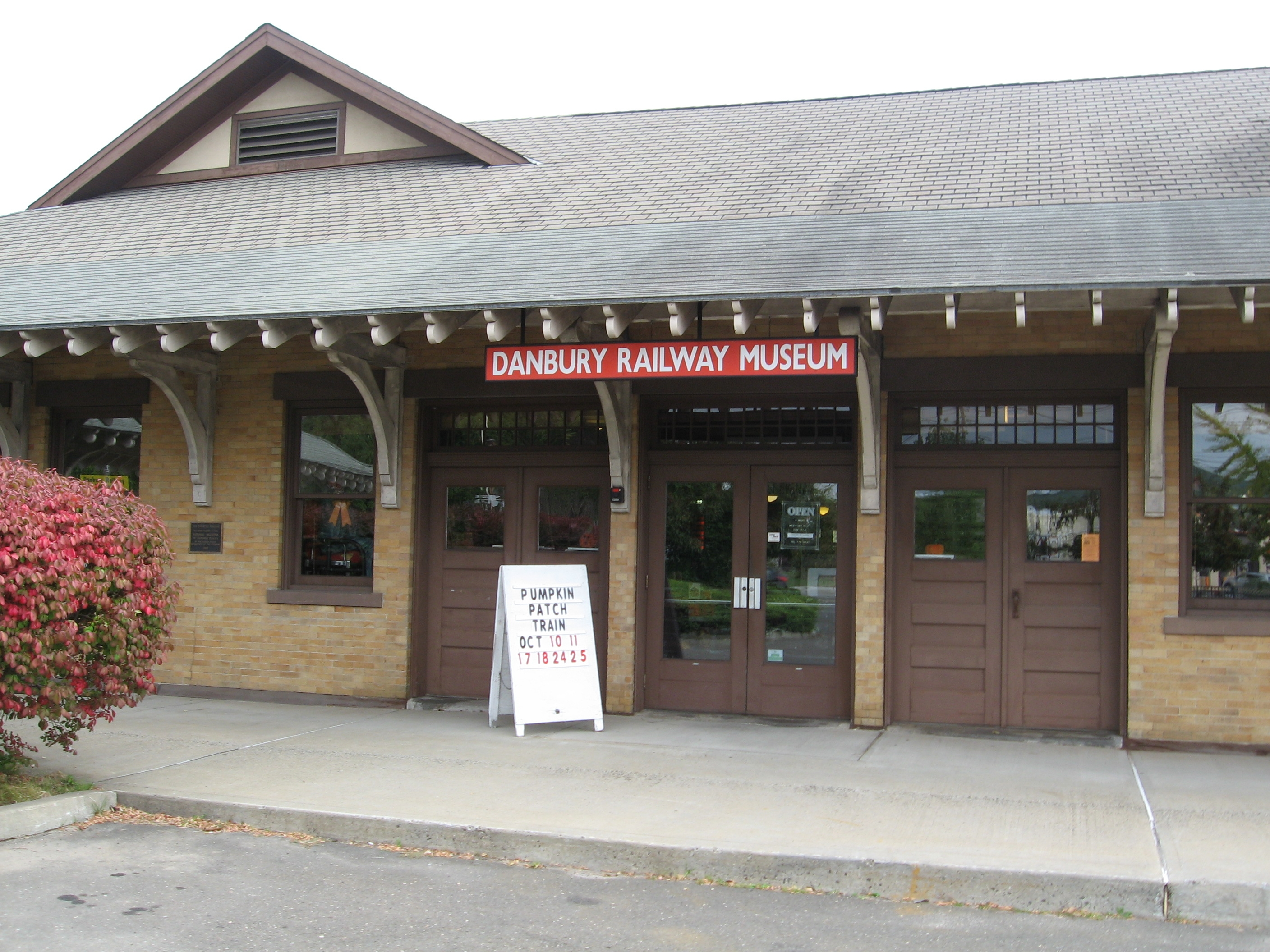 Danbury Railway Museum Entrance