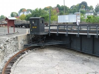 Danbury Yard Turntable image. Click for full size.