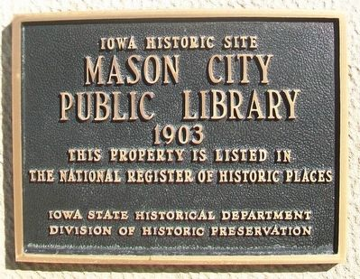 Mason City Public Library NRHP Marker image. Click for full size.