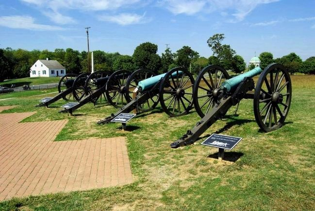 Model 1857 12-Pounder Gun-Howitzer Marker<br>Second From the Right image. Click for full size.