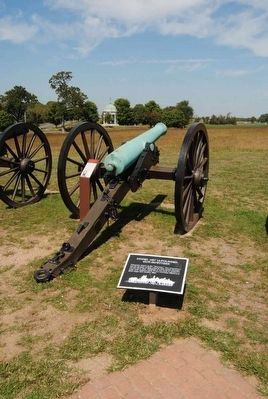 Model 1857 12-Pounder Gun-Howitzer and Marker image. Click for full size.