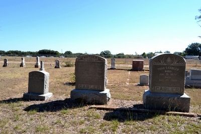 Headstones of Graves of Cabler Family and Kenneth Mayfield image. Click for full size.