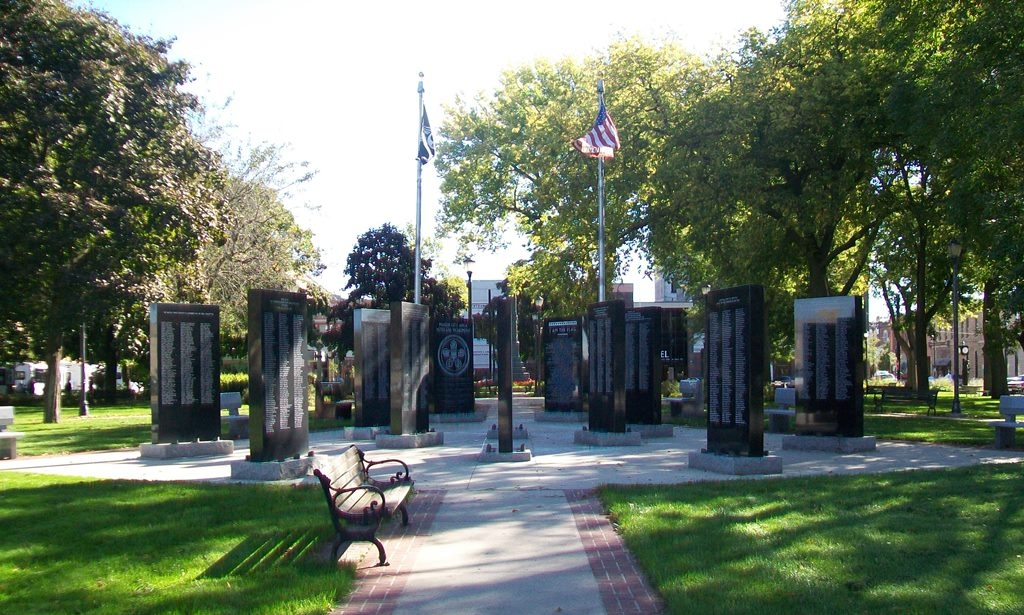 Mason City Area Veterans Monument