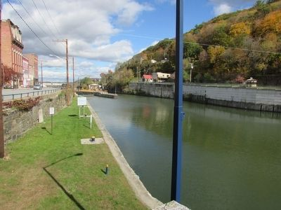 Champlain Canal as seen from the Marker image. Click for full size.