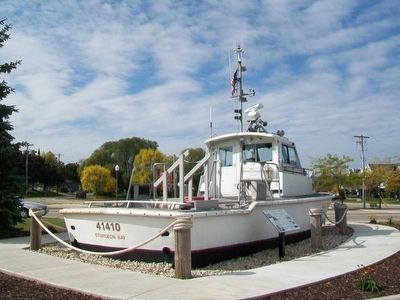 41-Foot Utility Boat Large (UTB) and Marker image. Click for full size.